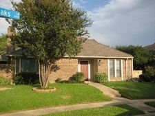 1101 Whispering Oaks Ln, Richardson, TX 75081