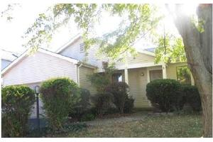 7843 Leaview Dr, Columbus, OH 43235