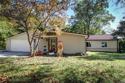 266 Edding Ln, Fairview Heights, IL 62208