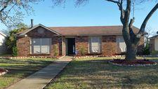 1230 Southridge Dr, Lancaster, TX 75146