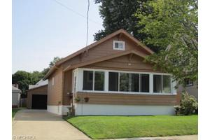534 Thelma Ave, Akron, OH 44314