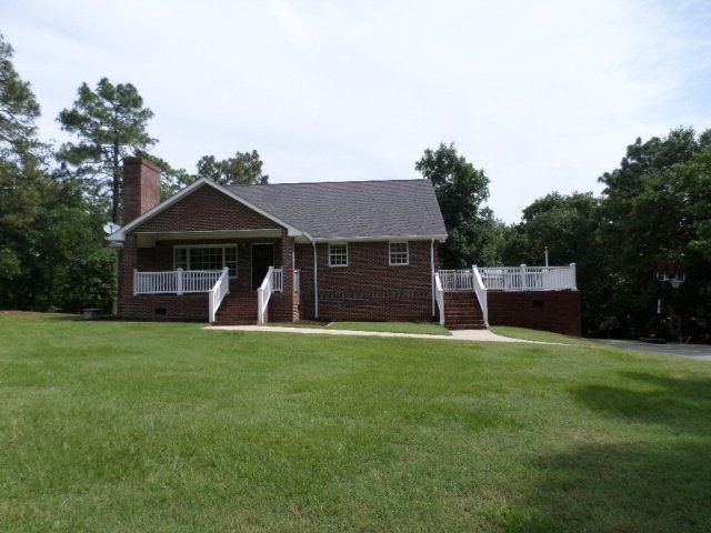 94 Beacon Cir, Sanford, NC