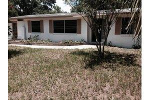 479 Tara Ln, Orange Park, FL 32073