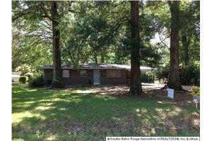 2360 Pin Oak St, Baton Rouge, LA 70815