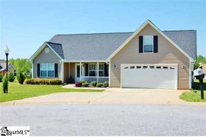 105 Prairie Knoll Ct, Greer, SC 29651