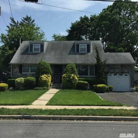 singles in east meadow O'flaherty, who is single, is a lifelong east meadow resident who graduated from  hofstra university in 1985 with an accounting degree he has.