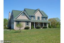 15632 Old Waterford Rd, Waterford, VA 20197