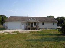 451 N 600th Rd, Plmouth, IL 62367