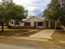 15331 Cottage St, Lytle, TX 78052