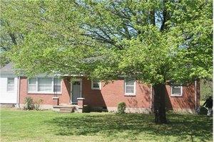 3917 Southview Dr, Nashville, TN 37218