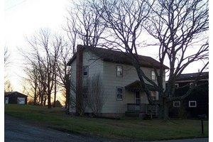 175 E State Rd, Seneca, PA 16346