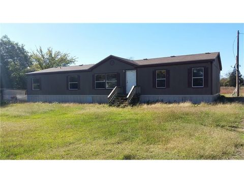 1420 County Road 1158, Brashear, TX 75420