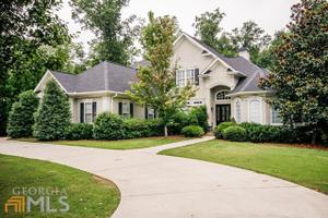 802 Black Diamond Dr, Mcdonough, GA 30253
