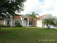 2507 Palm Lakes Ave, Fort Pierce, FL 34981