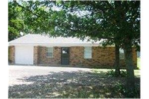 1073 S State Highway 121, Bonham, TX 75418