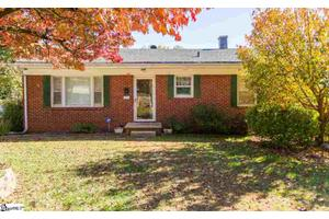 2212 E North St, Greenville, SC 29607