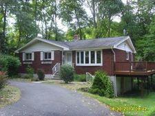 71 Sherwood Forest Dr, Byram Twp., NJ 07821
