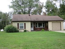 25147 State Route 83, Coshocton, OH 43812