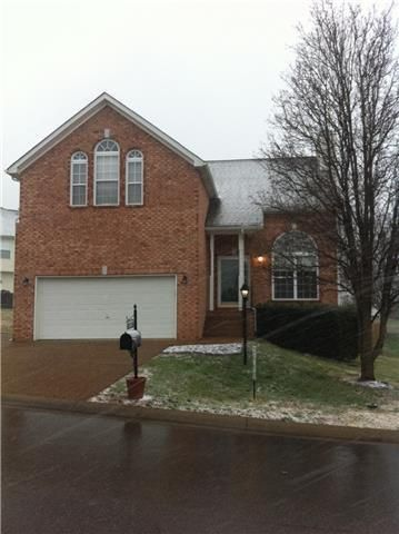 305 Moonwater Ct, Hermitage, TN 37076