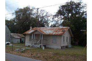 242 N Garfield Ave, De Land, FL 32724