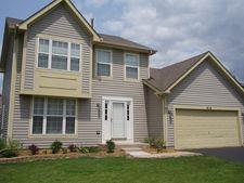 916 W Briarcliff Rd, Bolingbrook, IL 60440