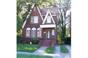 8885 Littlefield St, Detroit, MI 48228