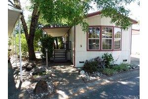 700 E Gobbi St, Ukiah, CA 95482
