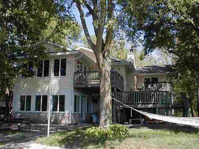 1020 Cottage Row Rd, Cedar Falls, IA
