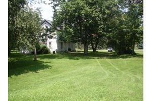 2450 Waterloo Rd, Mogadore, OH 44260