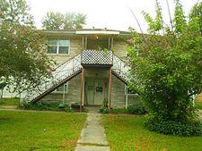 113 Holly St, Lake Jackson, TX 77566