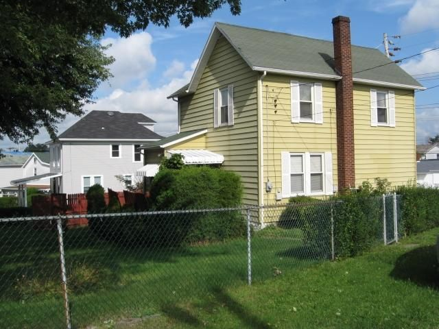 338 connellsville st uniontown pa 15401 home for sale and real estate listing