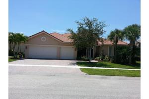 6919 SE Sleepy Hollow Ln, Stuart, FL 34997