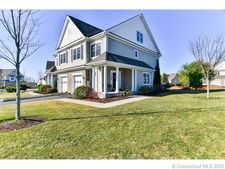 19 Turnberry Ln, Bloomfield, CT 06002