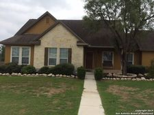 319 Edgehill, Pleasanton, TX 78064