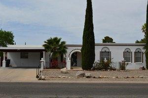 961 N Caribe Ave, Tucson, AZ 85710