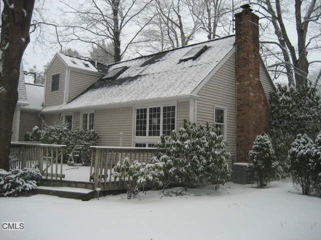 373 Main St, New Canaan, CT 06840