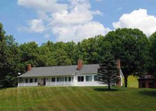 1365 Jackson Corners Rd, Red Hook, NY 12571