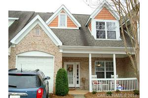 4414 Coventry Row Ct, Charlotte, NC 28270