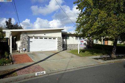 30544 Hoylake St, Hayward, CA