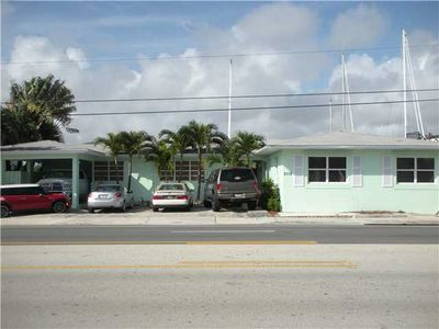 2118 N Ocean Dr, Hollywood, FL