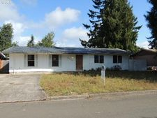5932 E St, Springfield, OR 97478