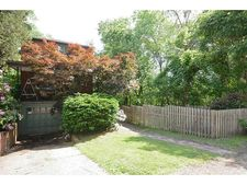 6644 Landview Rd, Squirrel Hill, PA 15217
