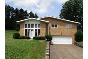 21 Eichelberger Dr, Robinson Twp - Nwa, PA 15108