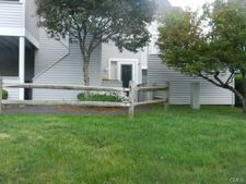 33 Country Pl, Shelton, CT 06484