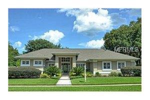 641 West Palm Valley Dr, Oviedo, FL 32765
