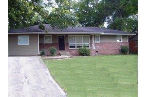 3122 Glenwood Dr, Columbus, GA 31906