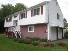 31 Greenfield St, Windsor, CT 06095