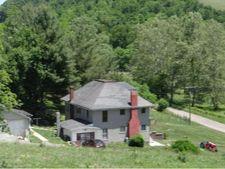 32095 Old Saltworks Rd, Meadowview, VA 24361
