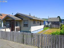 724 S 4th St, Coos Bay, OR 97420