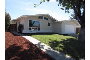 123 N West St, Vacaville, CA 95688